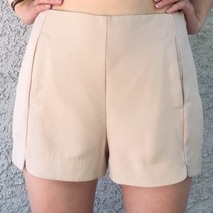 Lush Nordstrom Cream Neutral Nude Beige Shorts